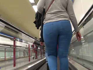 Big Ass Candid Gluteus Divinus
