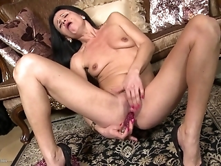 Small-chested Skinny Granny Reaches Orgasm With Dildo